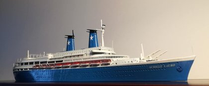 ACHILLE LAURO ex. Willem Ruys Modello navale Model Ship scale 1:500 - 396 mm di lunghezza - 396 length