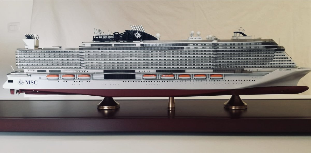 MSC SEASIDE and MSC SEAVIEW echelle 1:400