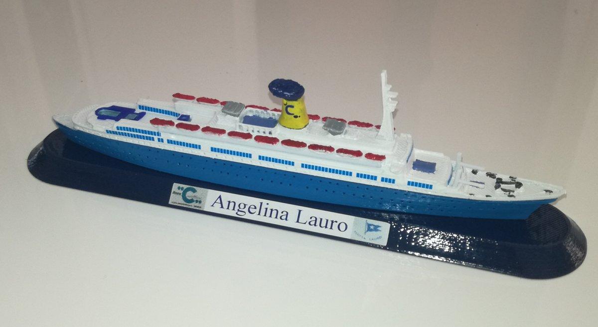 Angelina Lauro scala 1:1250 tagliata al galleggiamneto , colori ciminiera Costa Crociere noleggio 1977 - 1979