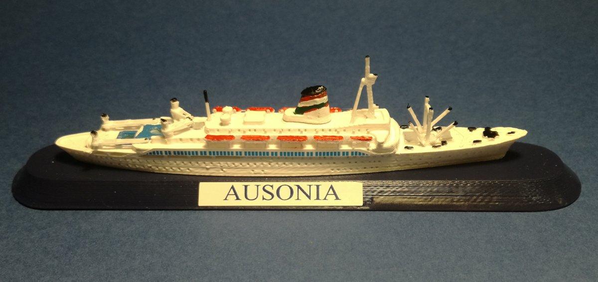 Nave AUSONIA - Siosa Line - Grimaldi Group , ICI , primo Armatore la società Adriatica di Navigazione , in scala 1 1250
