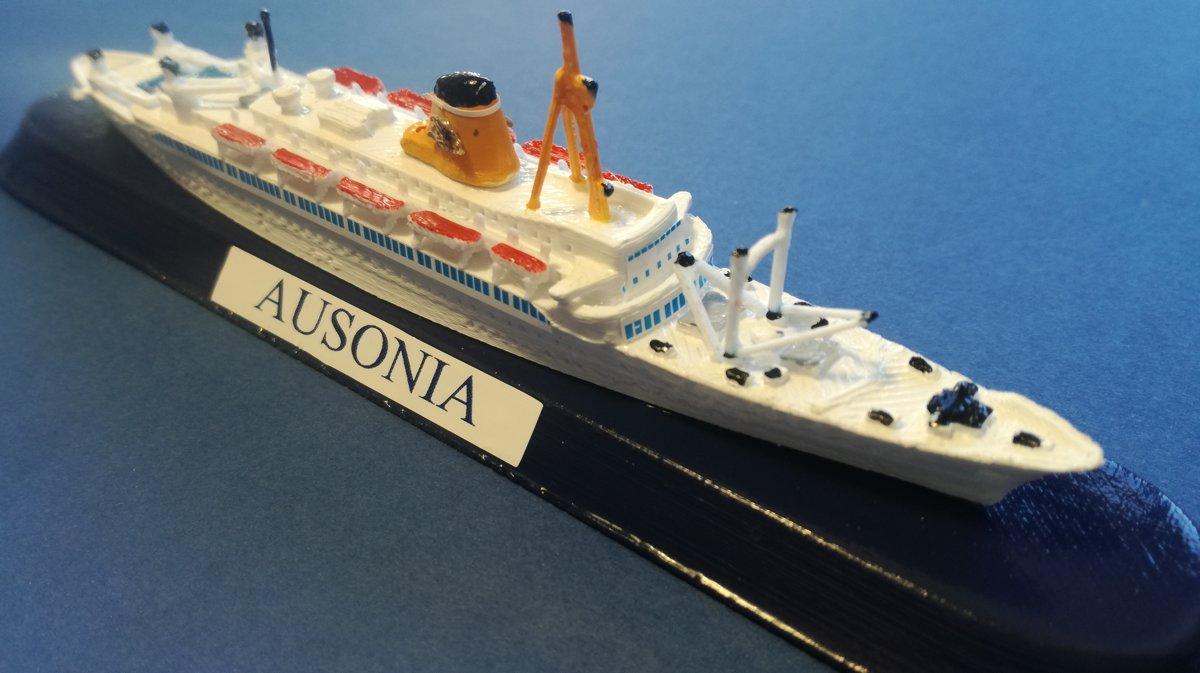 T/N AUSONIA  - ADRIATICA DI NAVIGAZIONE Venezia - linee originali al momento del varo negli anni 50 - scala 1 : 1250