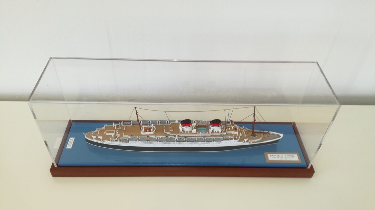 CONTE DI SACOIA    scale 1:500 ( original version 1932 ) length 497 mm