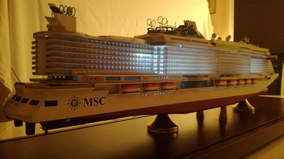 MSC SEASIDE and MSC SEAVIEW echelle 1:400