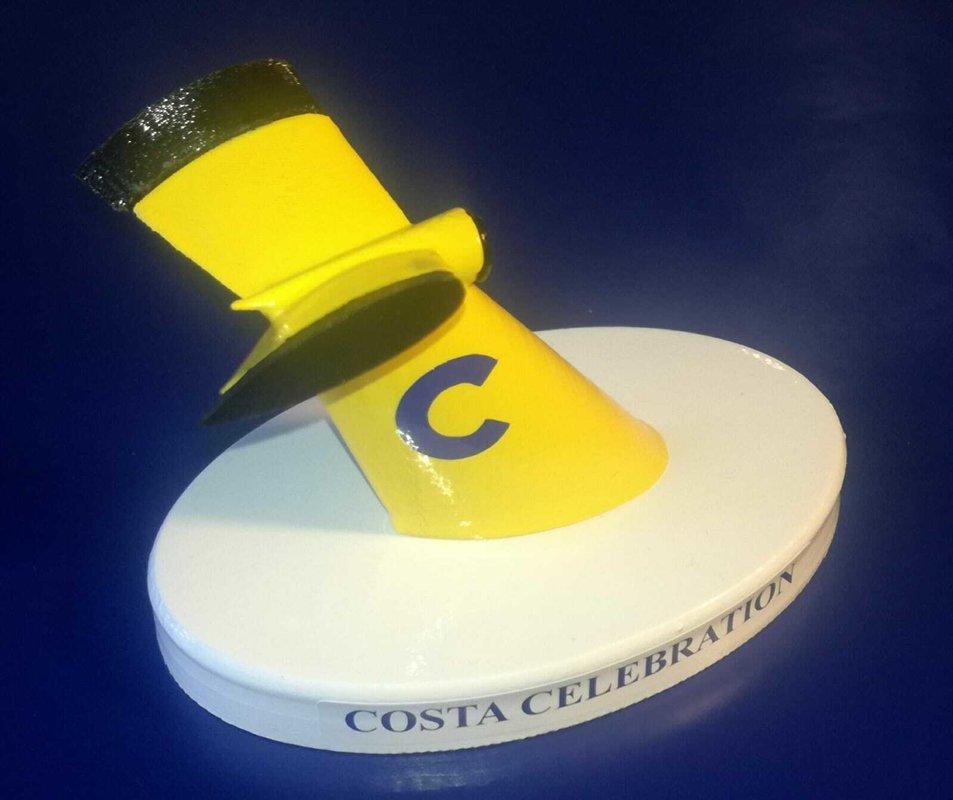 COSTA CELEBRATION modello ciminiera scala 1 300 COSTA CROCIERE
