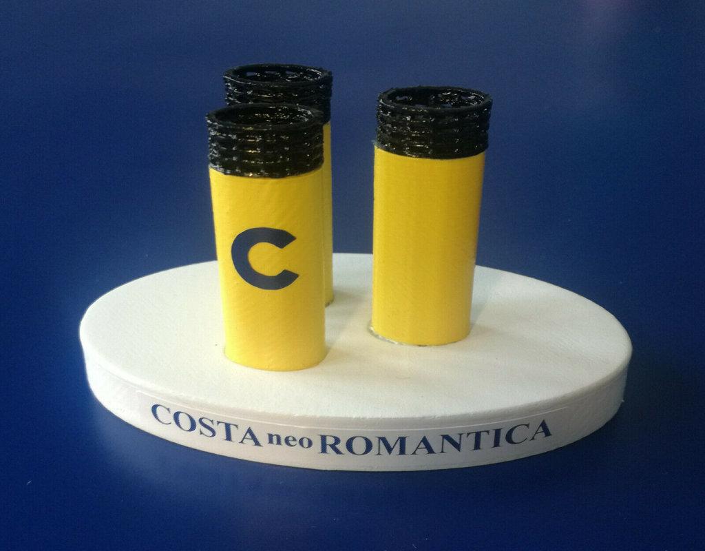 COSTA ROMANTICA E COSTA CLASSICA modello ciminiera scala 1 300