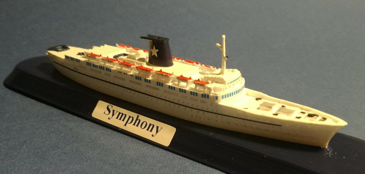 SYMPHONY EX. Enrico Costa della STARLAURO MSC CROCIERE modello in scala 1 1250